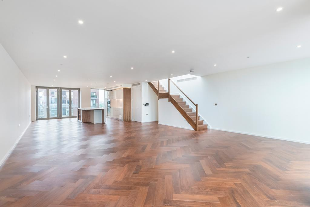 3 Bedrooms Flat for sale in Embassy Gardens, Capital Building, SW8