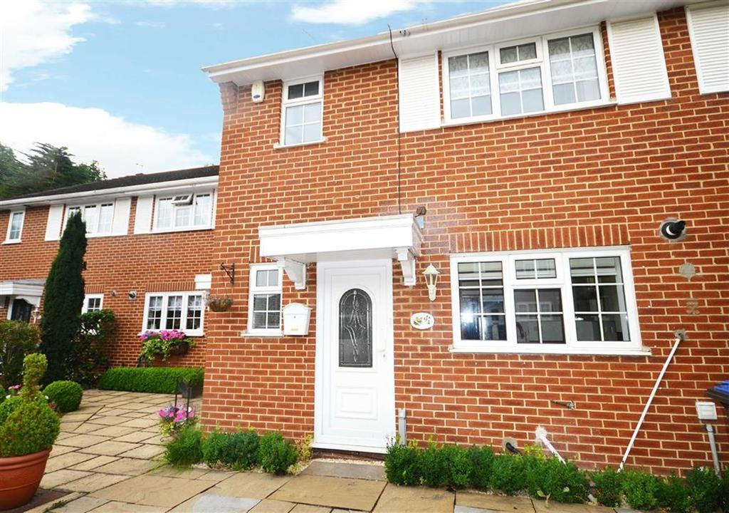 3 Bedrooms Terraced House for sale in Gladbeck Way, Enfield, Middlesex