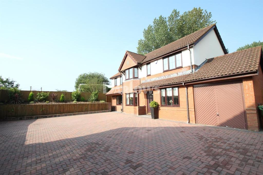 5 Bedrooms Detached House for sale in Hazel Grove, Caerphilly, Mid Glamorgan