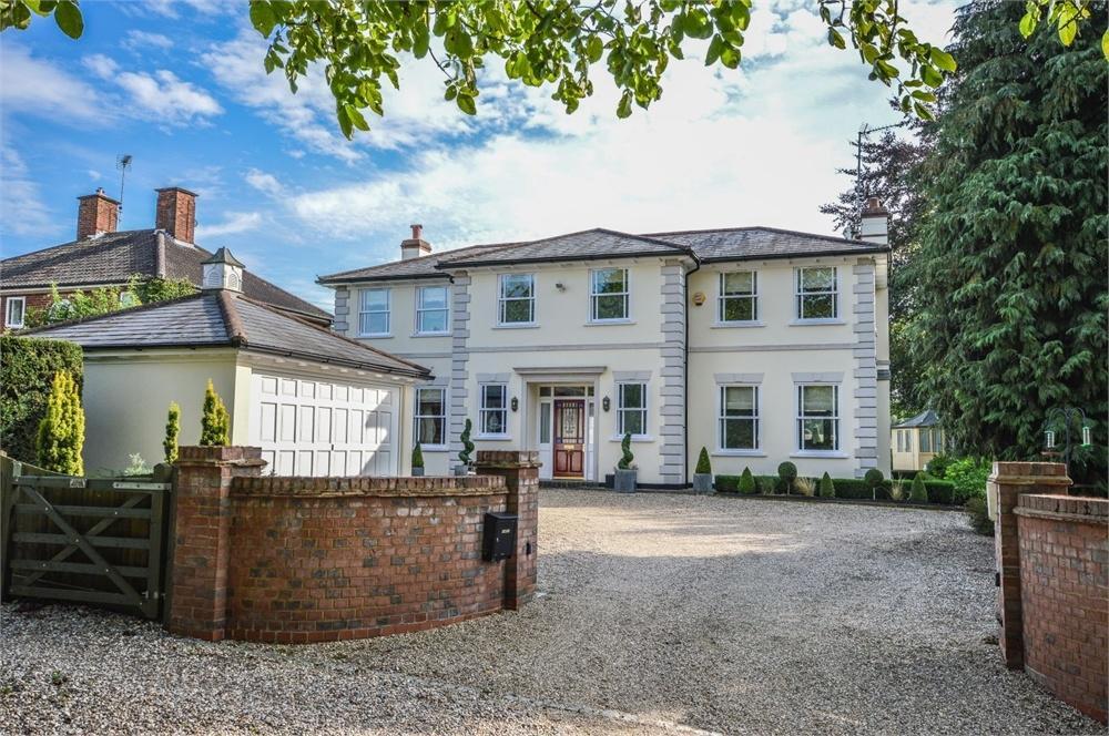 5 Bedrooms Detached House for sale in The Street, Berden, Bishop's Stortford, Herts