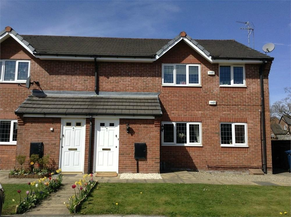 2 Bedrooms Flat for sale in Nightingale Close, Whalley, Clitheroe, Lancashire