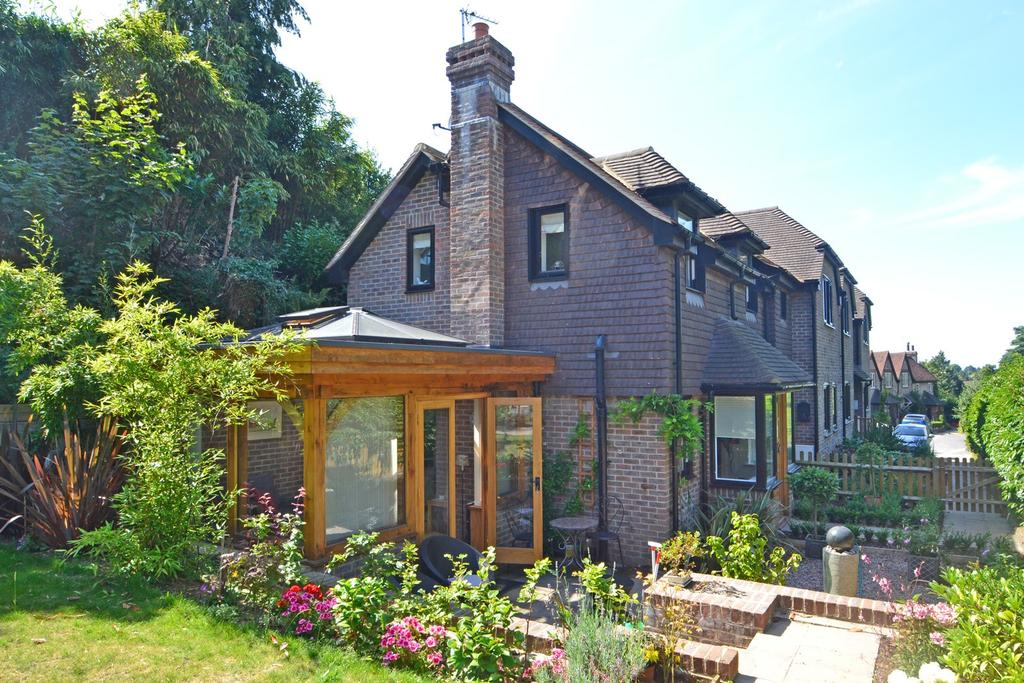 1 Bedroom House for sale in Storrington, Pulborough, West Sussex, RH20