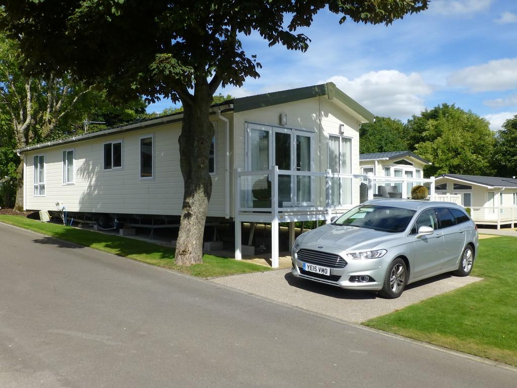 2 Bedrooms Mobile Home for sale in Arrondale, Chantry Country, West witton