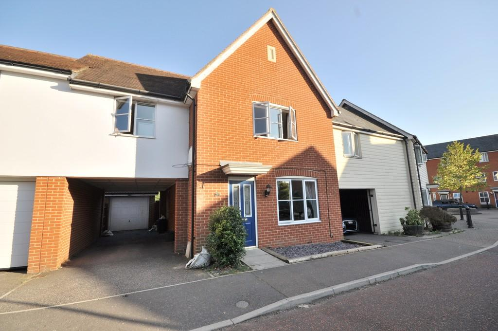 4 Bedrooms Link Detached House for sale in Septimus Drive, Highwoods