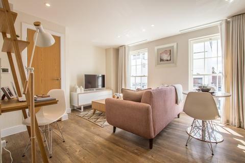1 bedroom apartment to rent - Prince Regent Mews, Cheltenham GL52 2AQ
