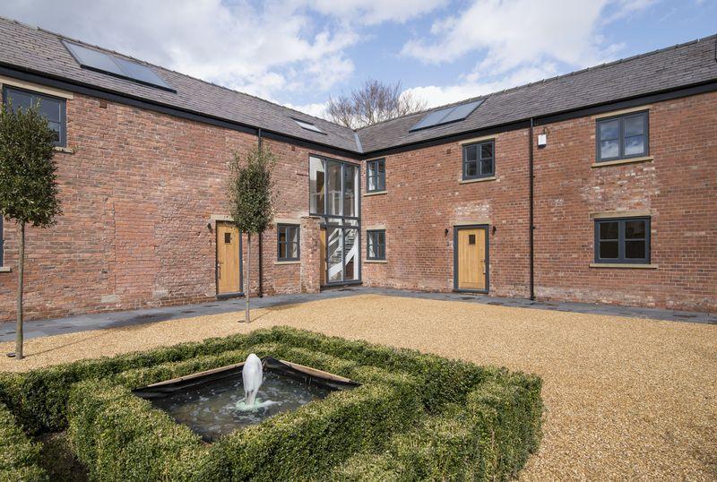 3 Bedrooms Terraced House for sale in School Lane, Henbury