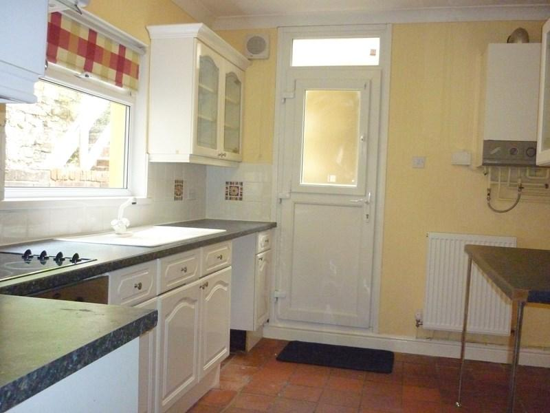 3 Bedrooms Terraced House for sale in Upper St. Albans Road, Treherbert, Treorchy