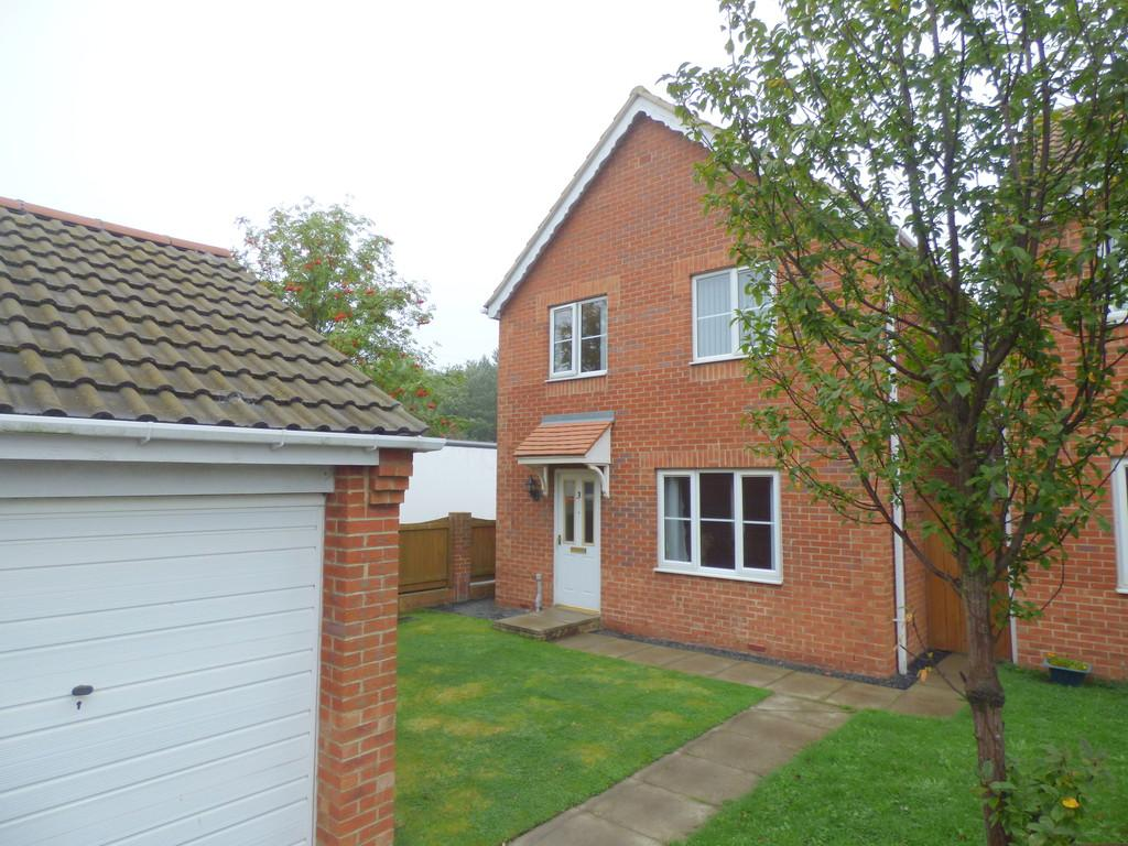 4 Bedrooms Detached House for sale in Lyons Gardens, Hetton Le Hole, Houghton Le Spring