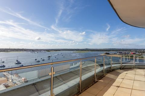 2 bedroom penthouse for sale - Aqua Penthouse, Poole