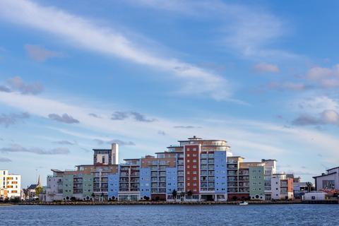 2 bedroom penthouse for sale - Aqua Penthouse, Poole