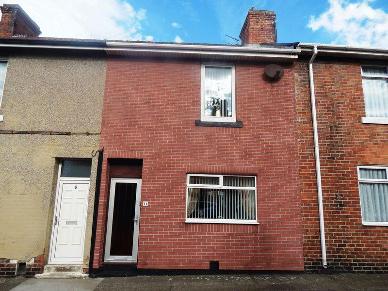 3 Bedrooms Terraced House for sale in Dale Street, Cambois, Blyth