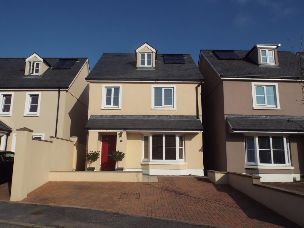 3 Bedrooms Detached House for sale in Parc Y Gelli, Foelgastell