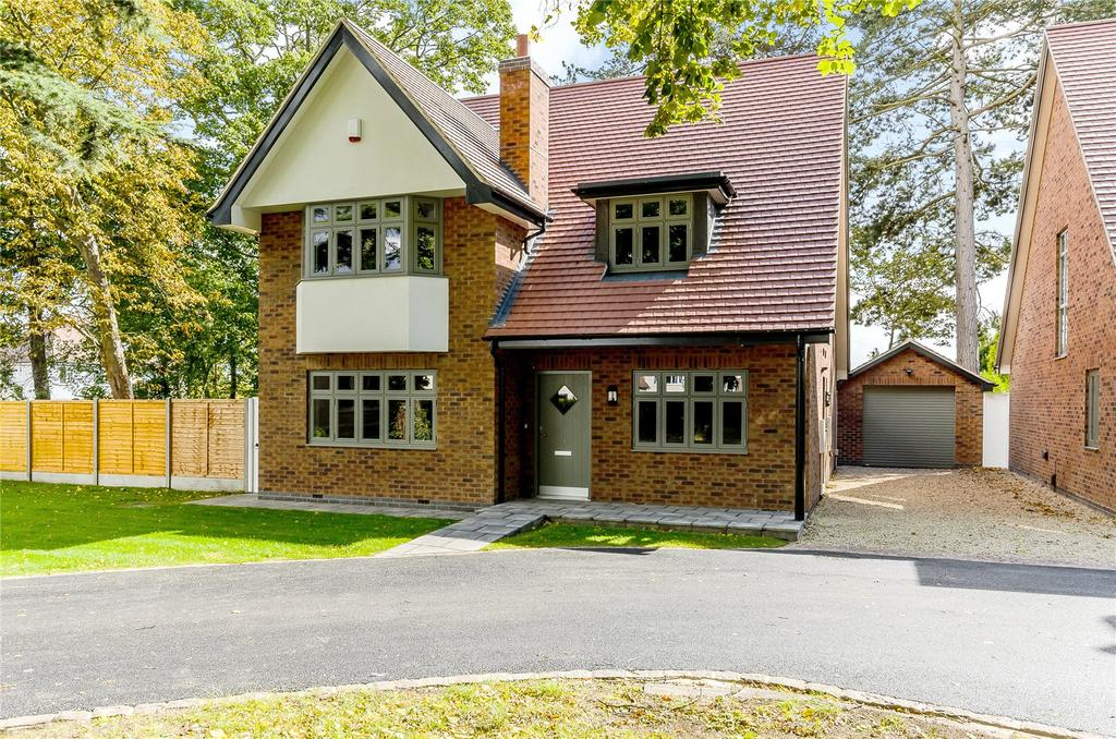 4 Bedrooms Detached House for sale in Old Drive, Beeston, Nottingham, NG9