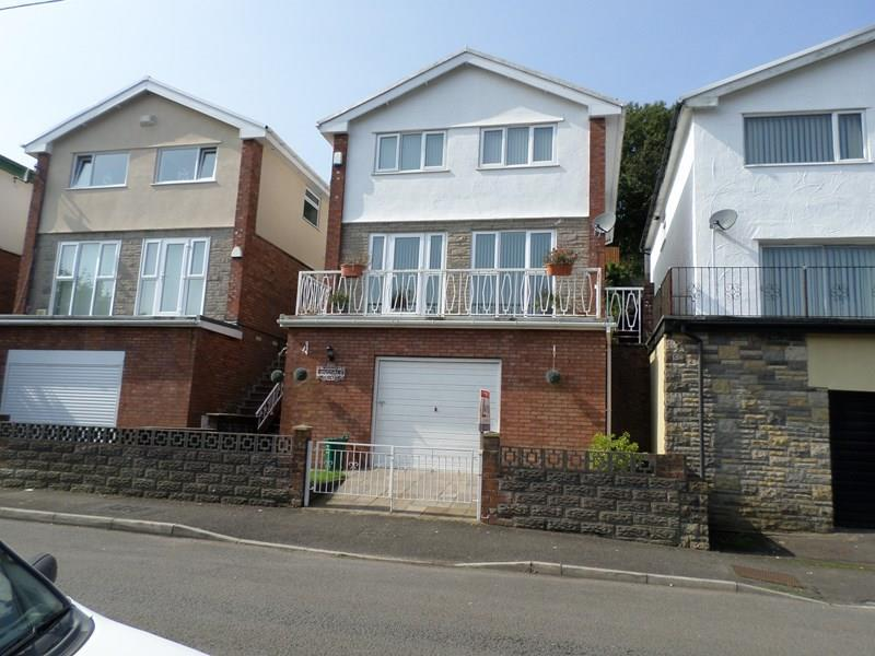 3 Bedrooms Detached House for sale in Turberville Road, Mount Pleasant, Porth