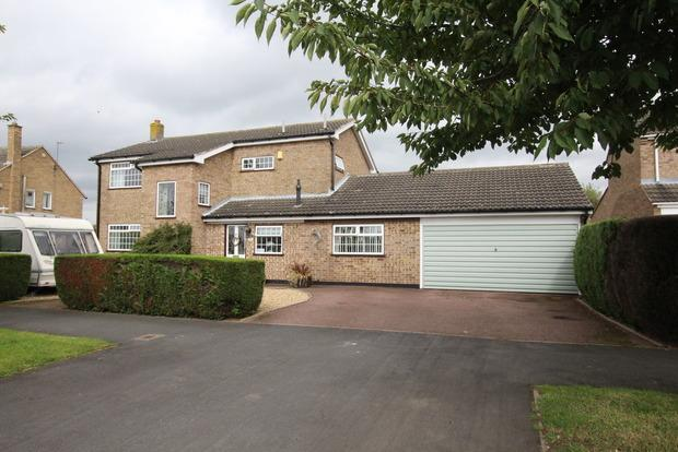 4 Bedrooms Detached House for sale in Norfolk Drive, Melton Mowbray, LE13
