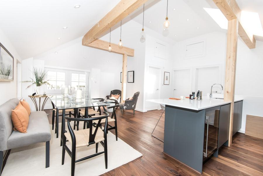 3 Bedrooms Mews House for sale in Foxton Mews, Richmond Hill TW10