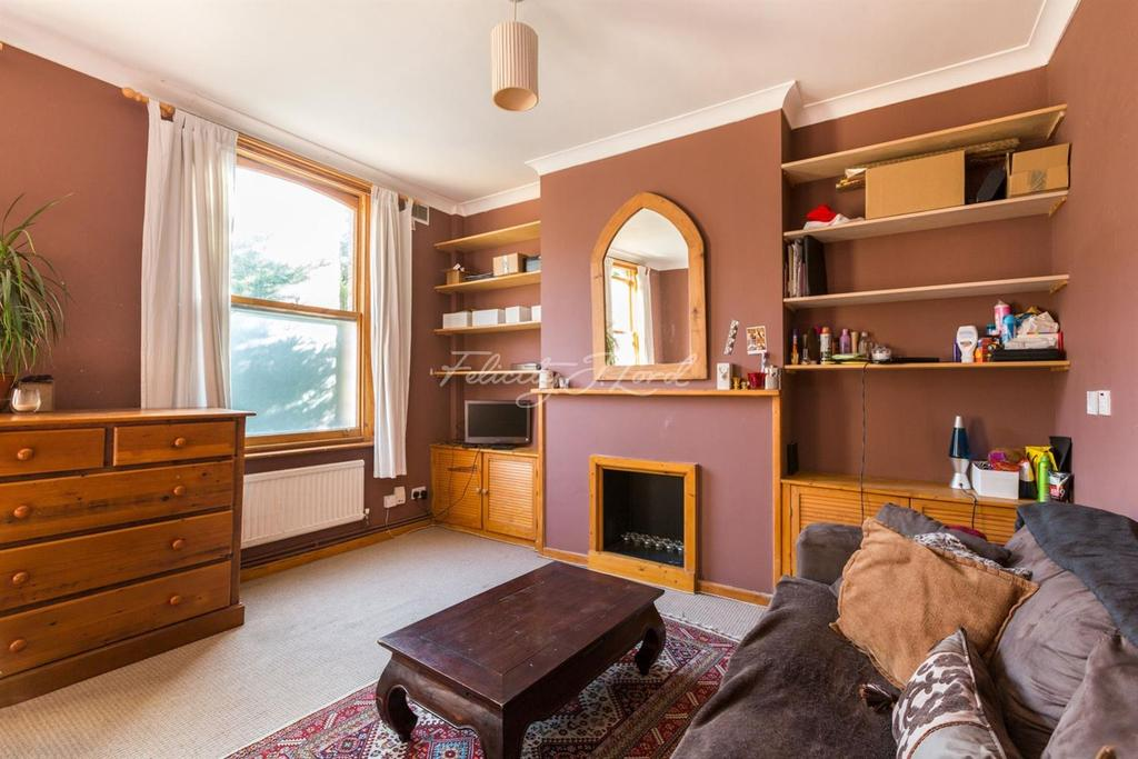 4 Bedrooms Flat for sale in Jenner Road, N16