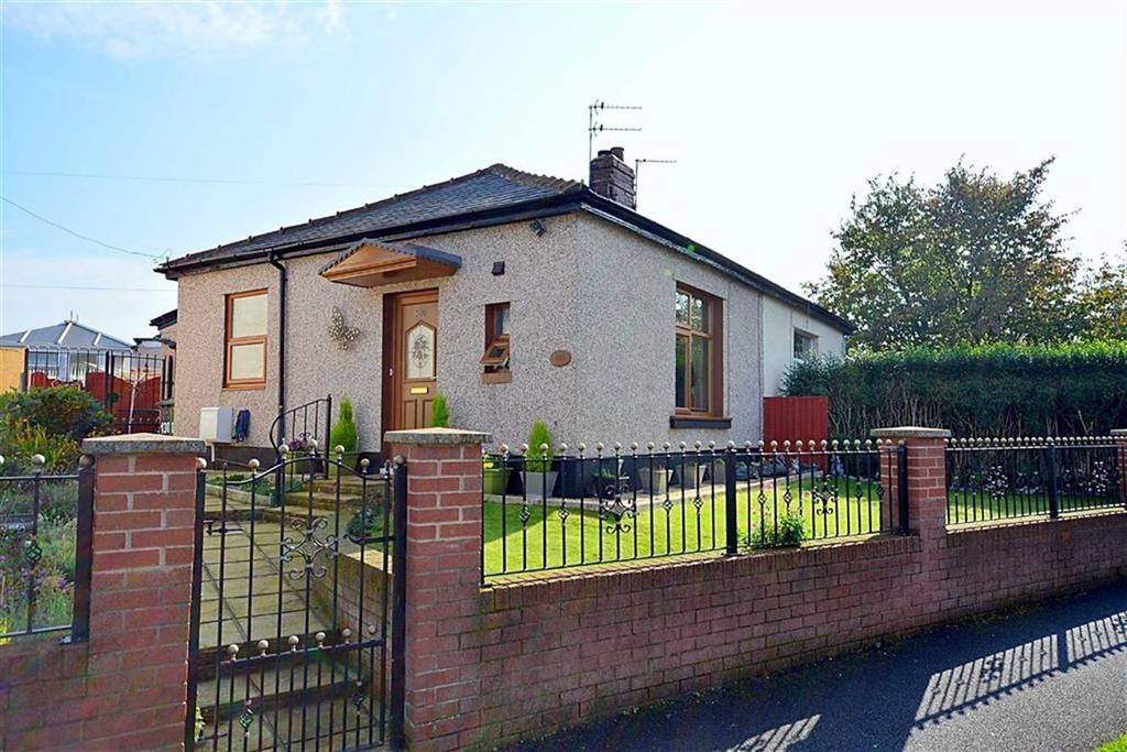 1 Bedroom Semi Detached Bungalow for sale in Haywood Road, Accrington, Lancashire, BB5