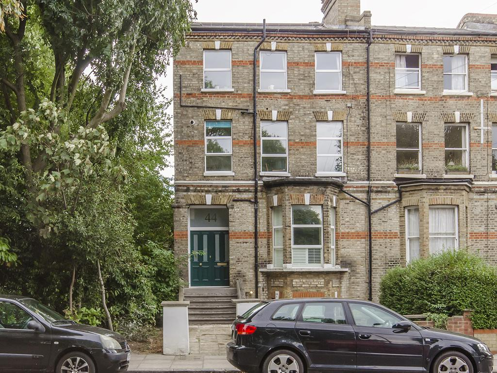 2 Bedrooms Flat for sale in Wray Crescent, N4