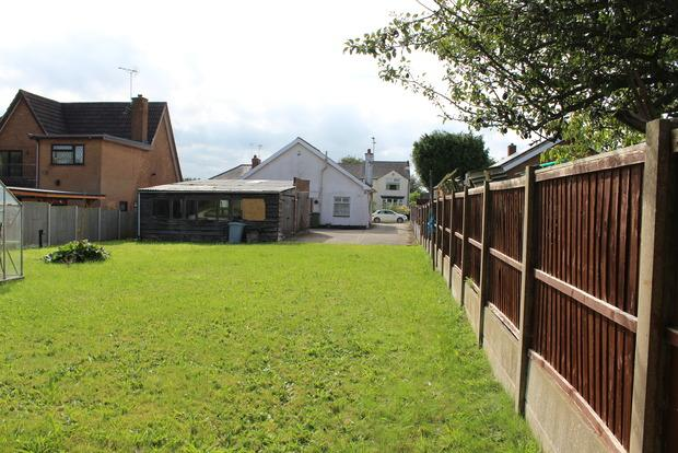 3 Bedrooms Detached Bungalow for sale in Station Road, Clipstone Village, Mansfield, NG21