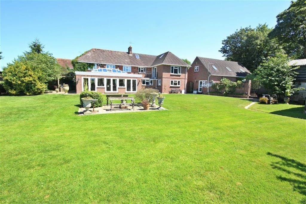 4 Bedrooms Detached House for sale in Shaftesbury Lane, Blandford
