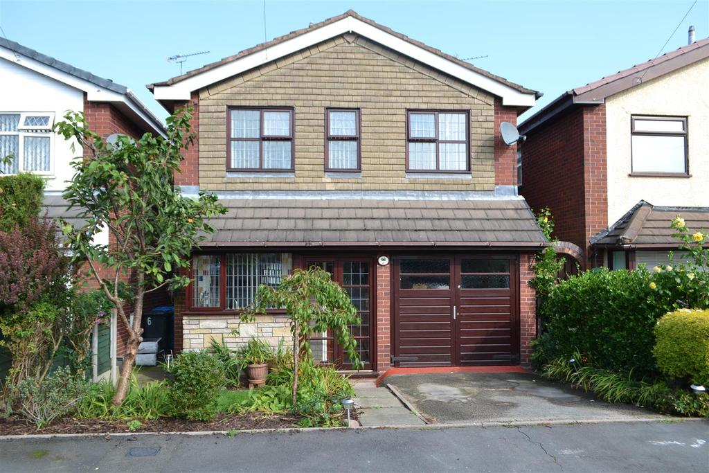 3 Bedrooms Detached House for sale in Wood Green, Cheslyn Hay, Walsall