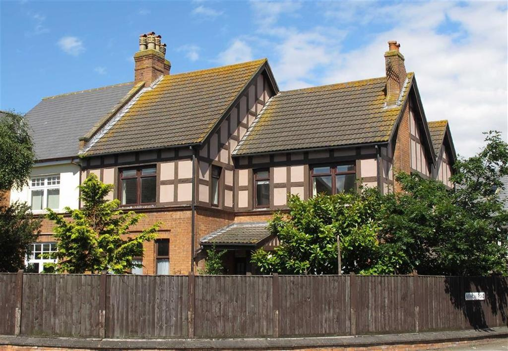 1 Bedroom Flat for sale in 13 Berrow Road, Burnham On Sea