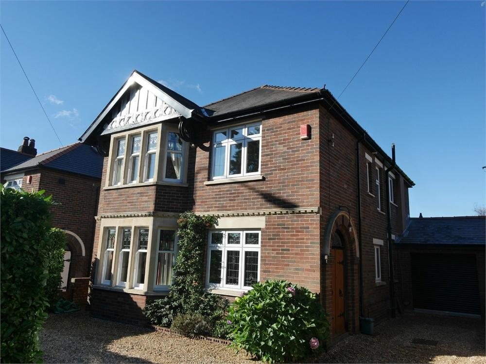 4 Bedrooms Detached House for sale in Lavernock Road, Penarth