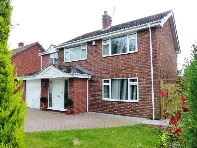 4 Bedrooms Detached House for sale in Bamford Road,Bloxwich,Walsall