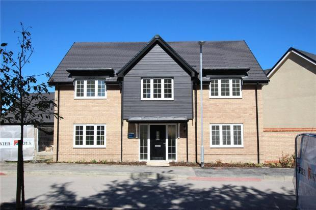 4 Bedrooms Detached House for sale in Baldock Road, Royston, Hertfordshire