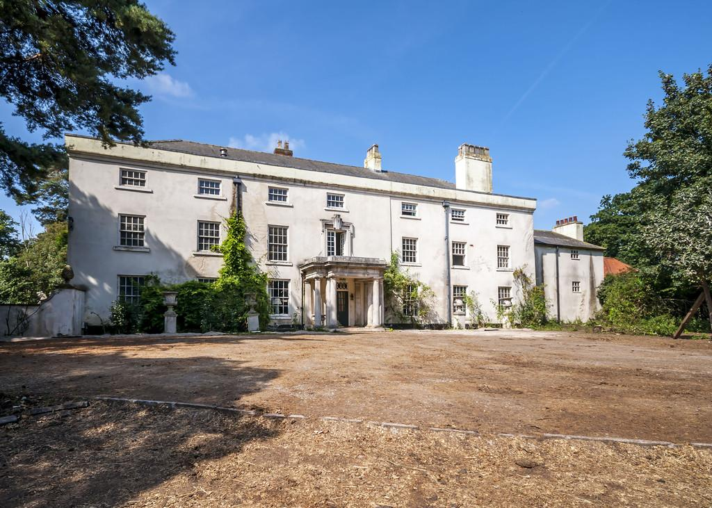 8 Bedrooms Manor House Character Property for sale in Ranby Hall, Ranby, Retford, Nottinghamshire