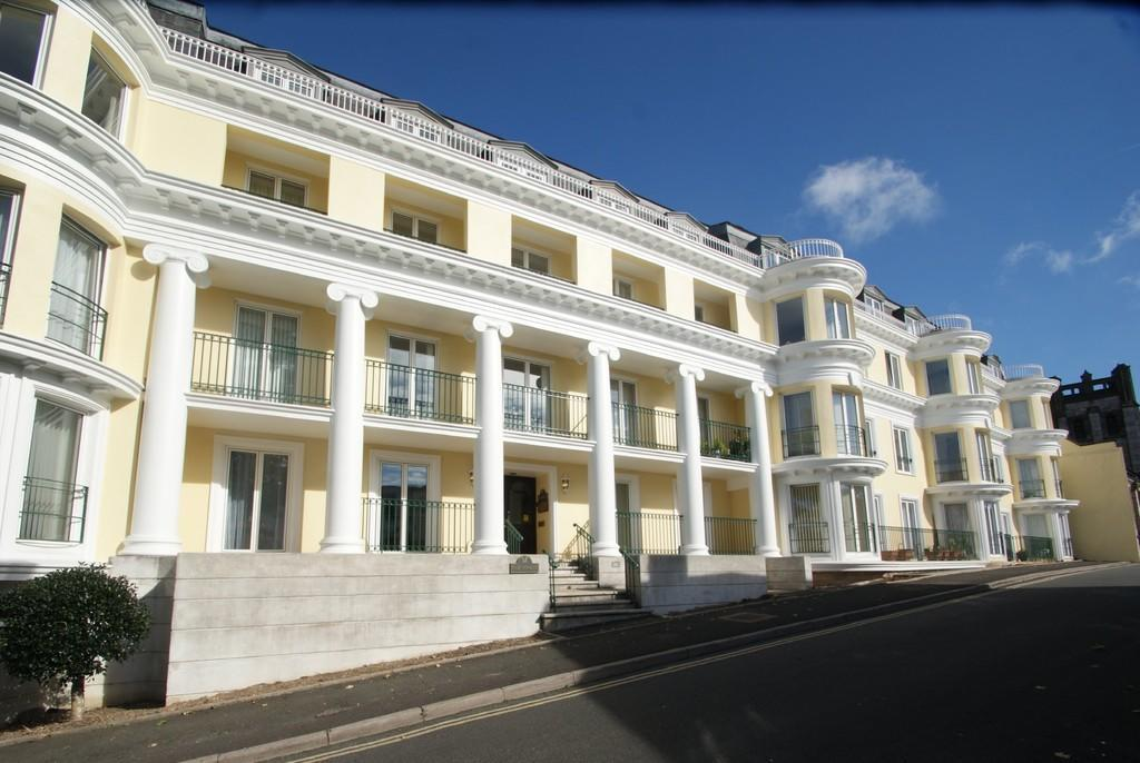 2 Bedrooms Flat for sale in The Vinery | Montpellier Road | Torquay