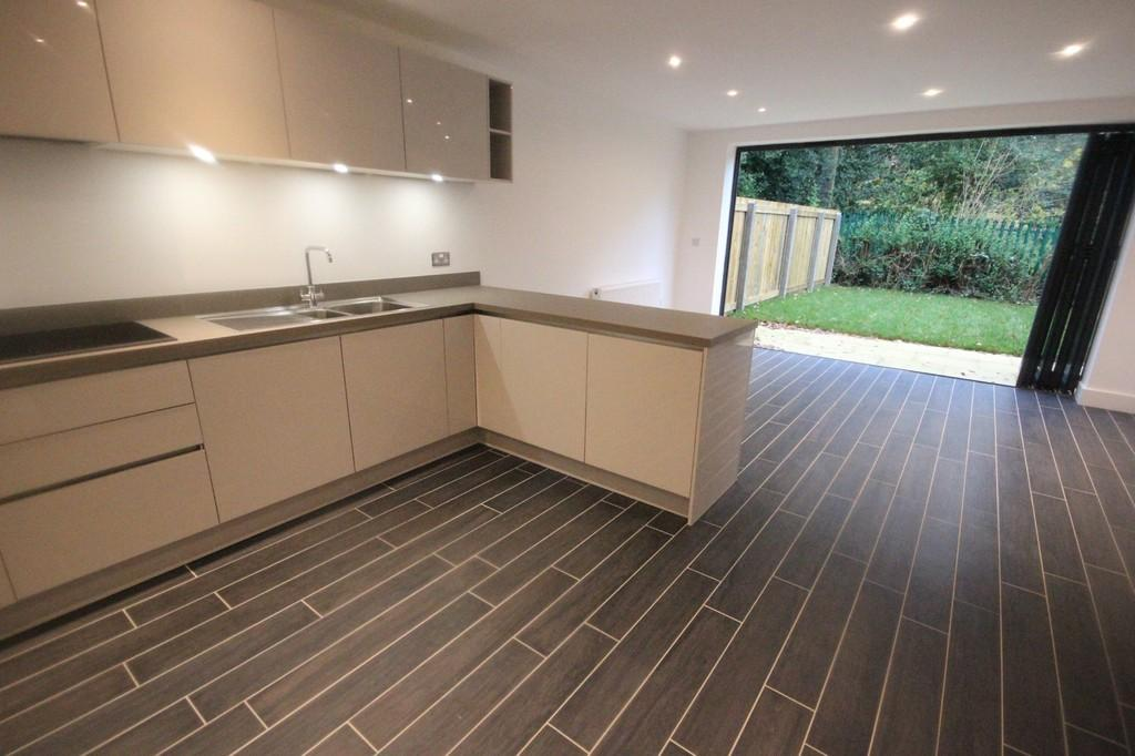 4 Bedrooms Town House for sale in Holgate Mews, New Lane