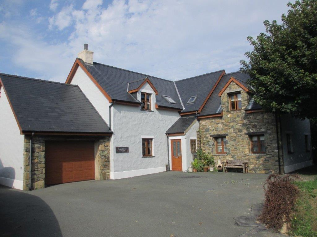 4 Bedrooms Detached House for sale in Sycamore Lodge