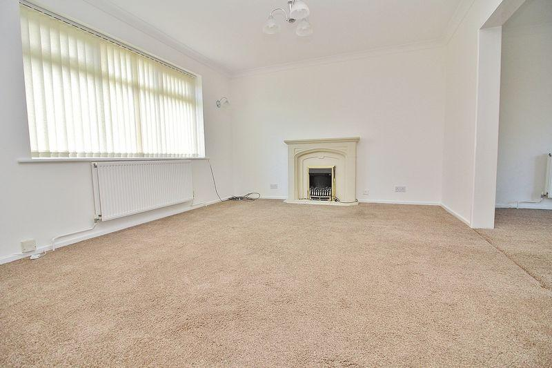 3 Bedrooms Detached House for sale in Burnley Road, Ainsdale