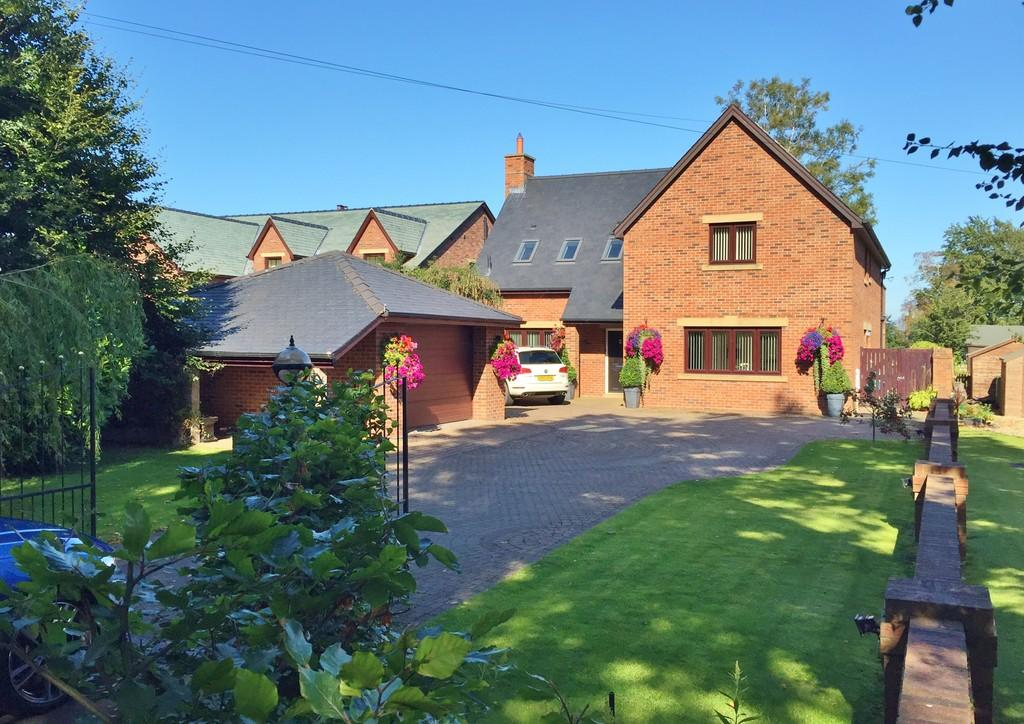 4 Bedrooms Detached House for sale in Plains Road, Wetheral