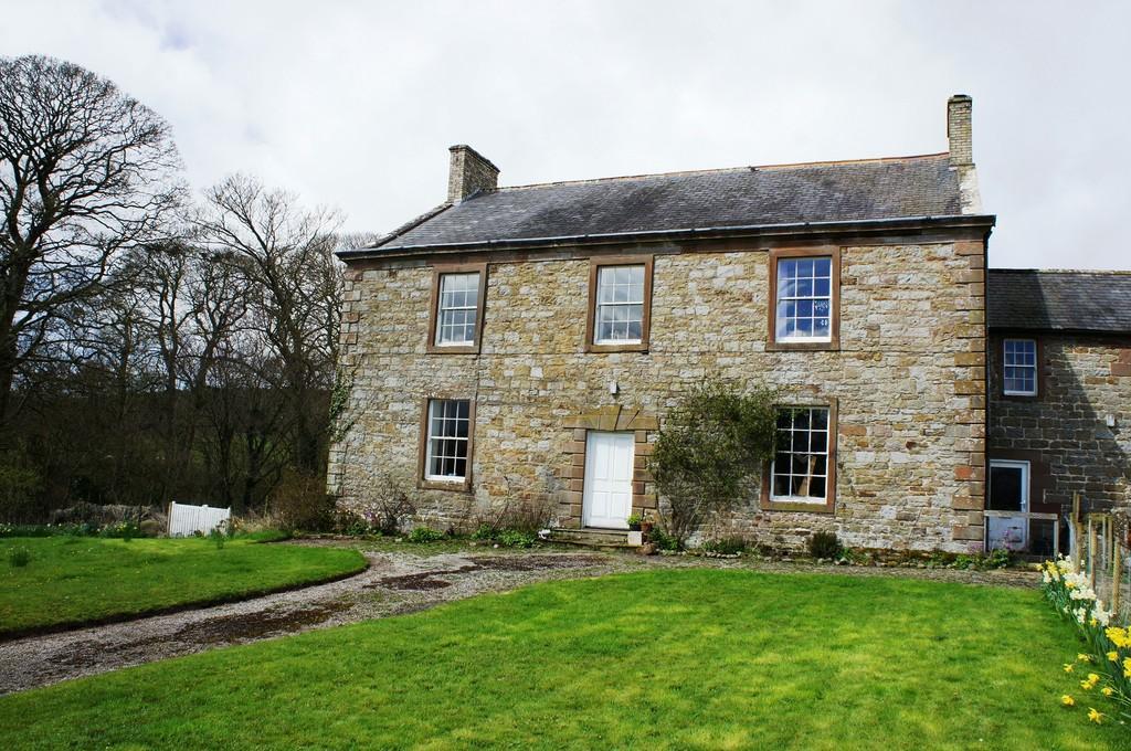 5 Bedrooms Semi Detached House for sale in Banks, Brampton