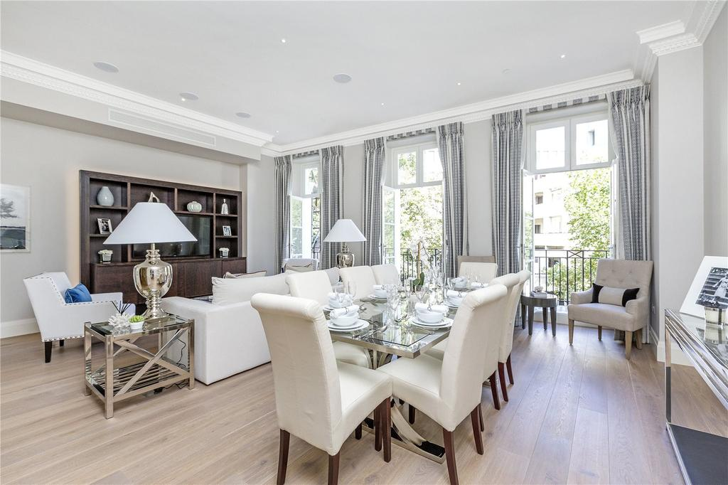 2 Bedrooms Flat for sale in Buckingham Gate, Westminster, London, SW1E