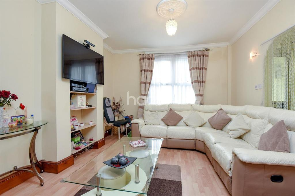 2 Bedrooms Terraced House for sale in Parchmore Road, Thornton Heath, CR7