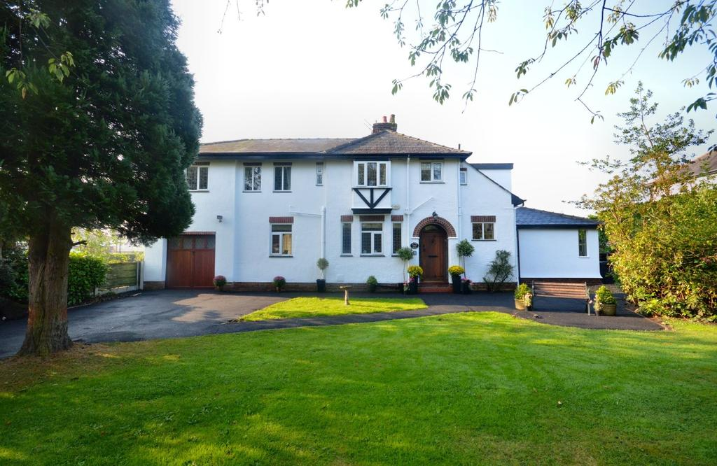 5 Bedrooms Detached House for sale in Hillside Road, Appleton, Warrington