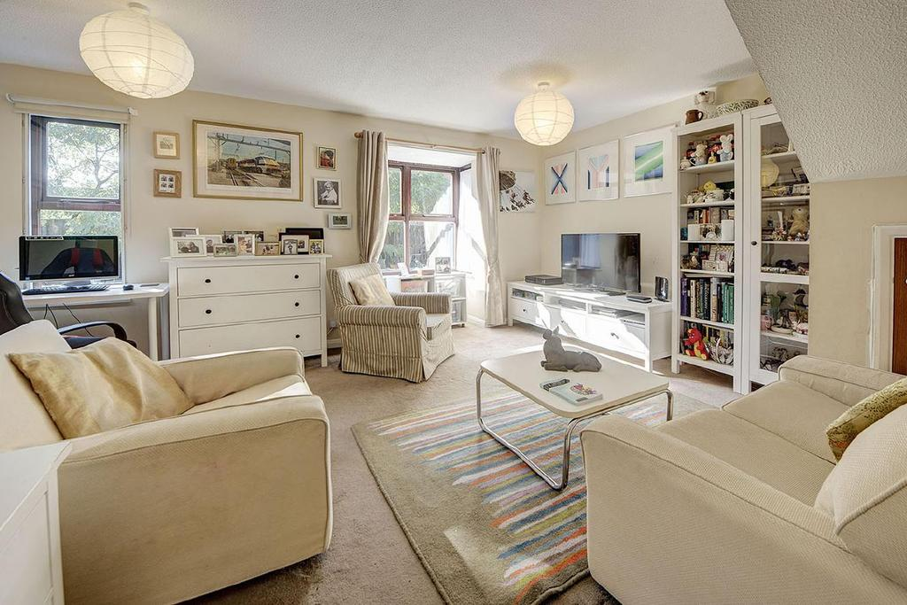 4 Bedrooms Terraced House for sale in St. Crispins Close, Hampstead, NW3