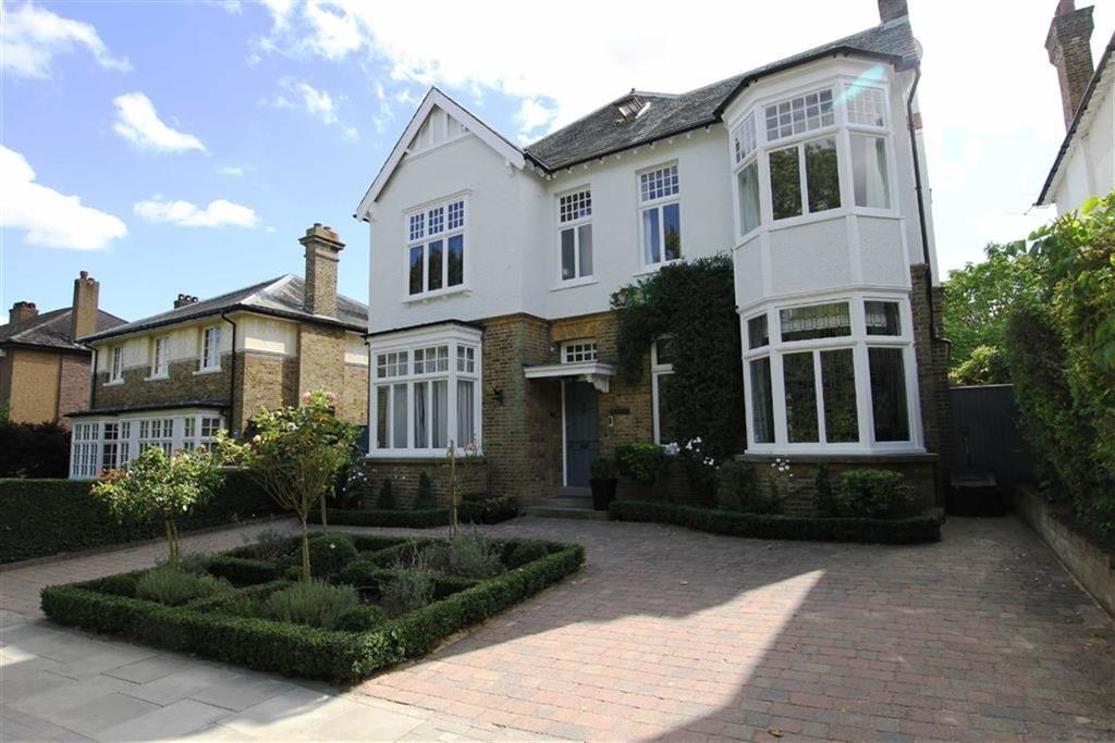 5 Bedrooms Detached House for sale in The Crescent, Hadley Common, Barnet, EN5