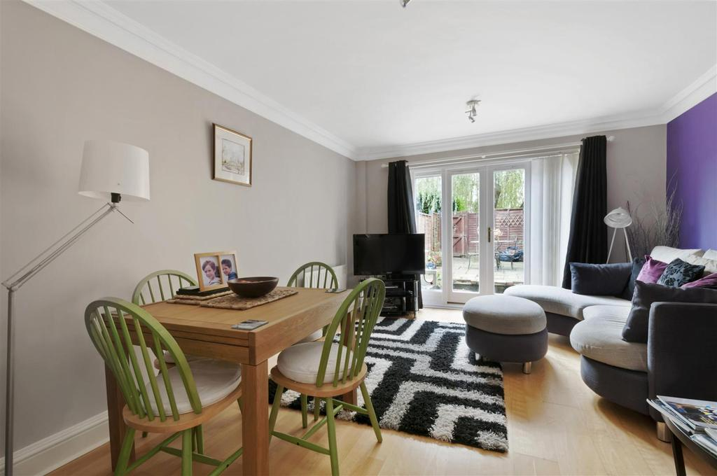 4 Bedrooms Terraced House for sale in Anisa Close, Kings Hill, ME19 4EW