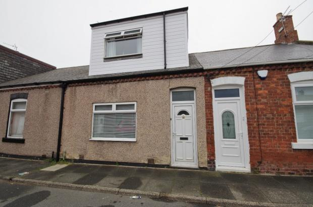 2 Bedrooms Terraced House for sale in Robert Street, New Silksworth, SR3