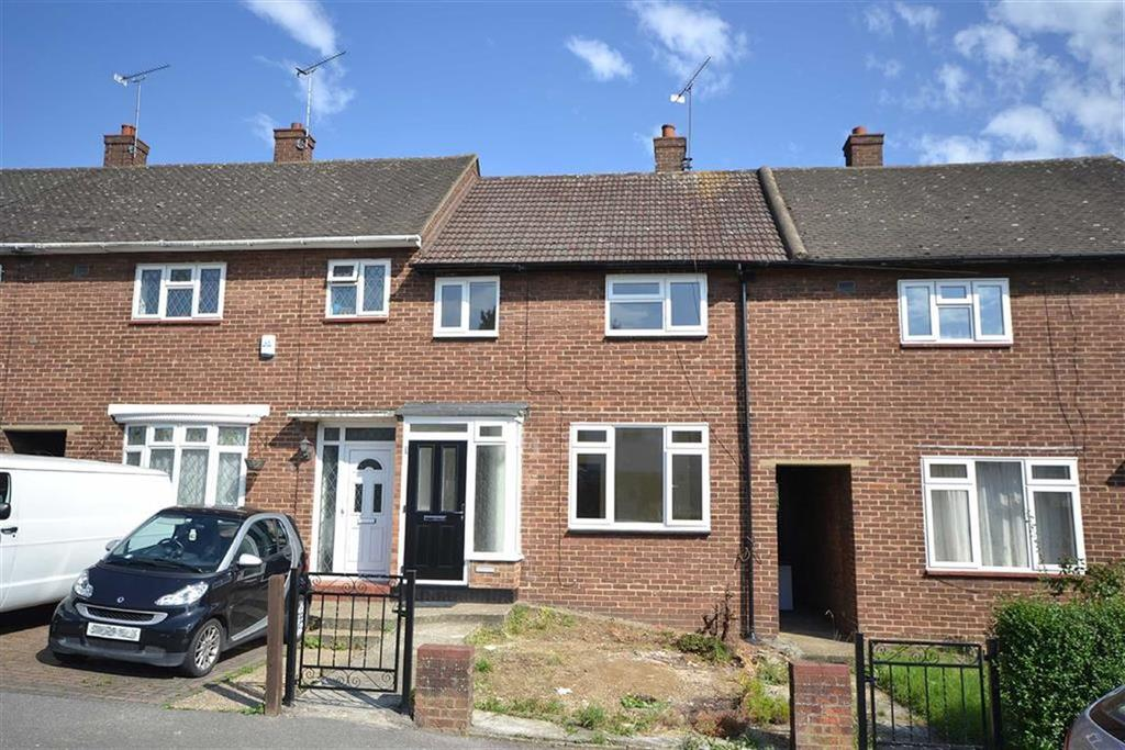 3 Bedrooms Terraced House for sale in Deepdene Road, Loughton, Essex
