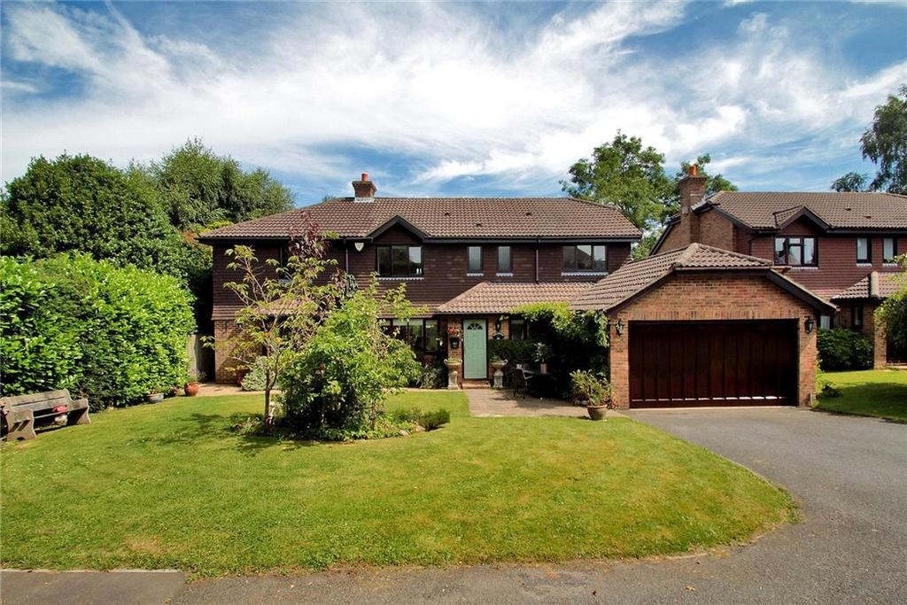 6 Bedrooms Detached House for sale in High Street, Pembury, Tunbridge Wells, Kent, TN2