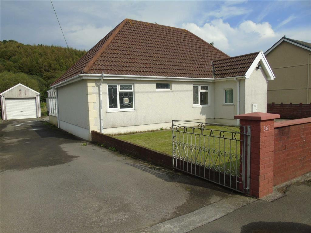 2 Bedrooms Detached Bungalow for sale in Lando Road, Pembrey, Llanelli