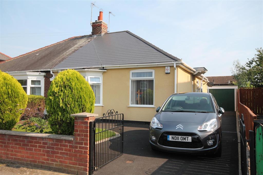 2 Bedrooms Semi Detached Bungalow for sale in Stockton Road, Darlington