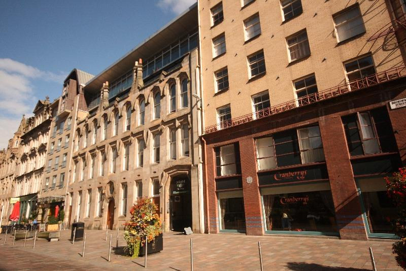 2 Bedrooms Flat for rent in Brunswick Street, Merchant City, Glasgow, G1 1TF
