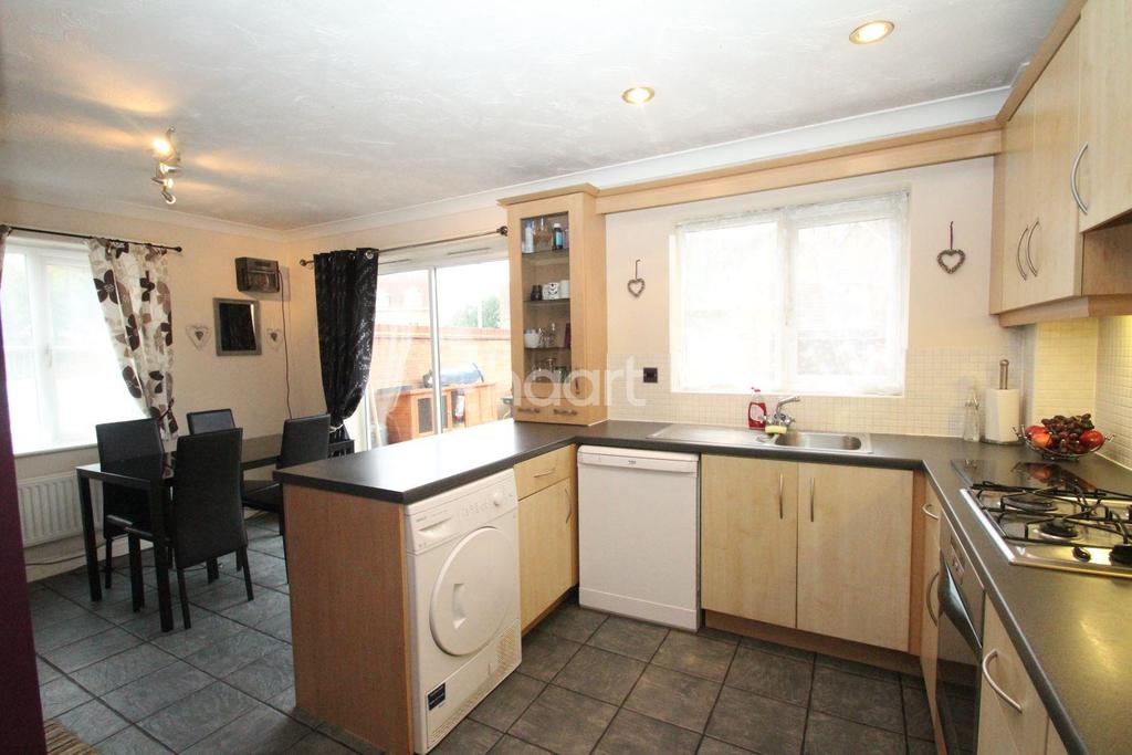 4 Bedrooms Detached House for sale in Jubilee Way, Crowland
